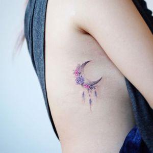 Luna con flores