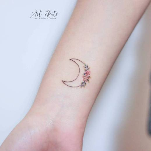 Media luna con flores por Luciana Periard Art Efeito