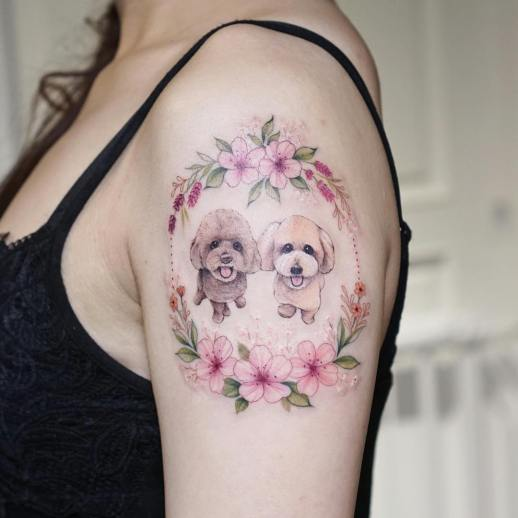 Perritos adorables con flores por Tattooist Silo