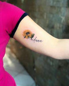 Nombre: Anna y Flor de Girasol
