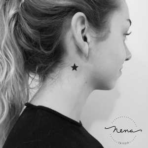 Estrella negra por Nena Tattoo, Diana Opazo