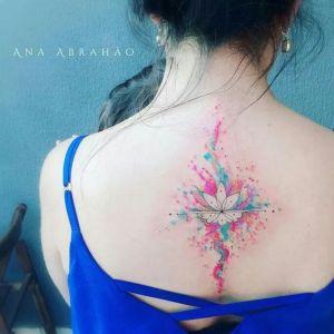 Flor de loto estilo acuarelas por Ana Abrahão