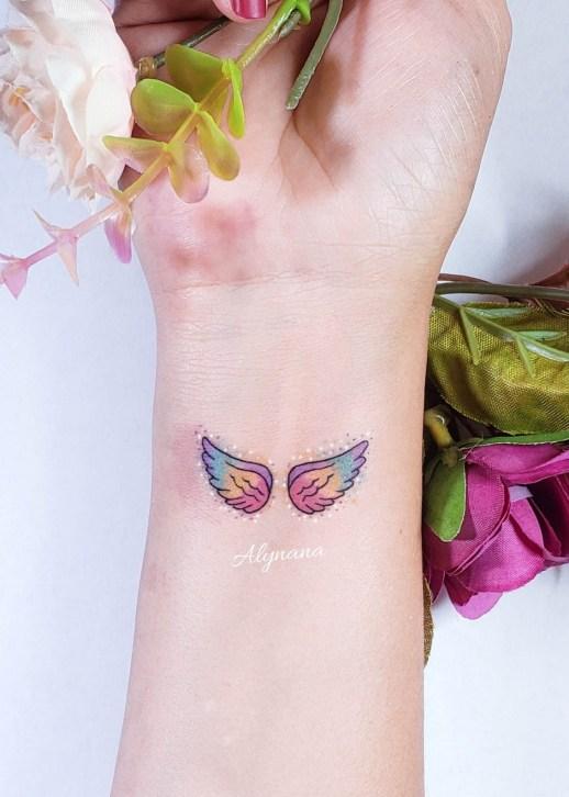 Alas coloridas por Alynana Tattoos