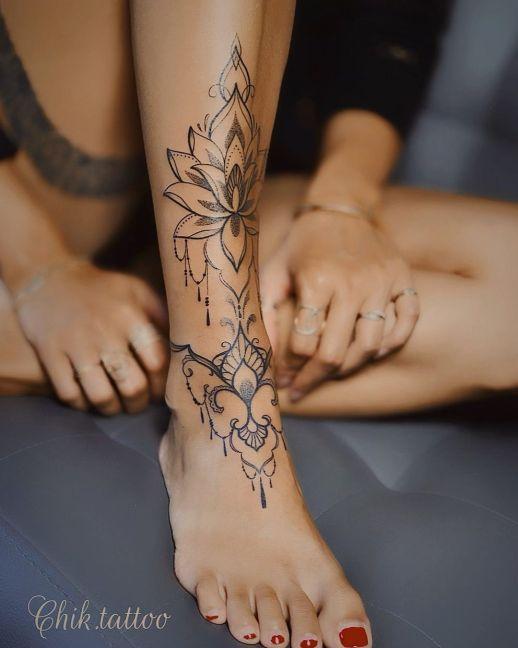 Brazalete Flor de Loto por Steve Savard, Chik Tattoo