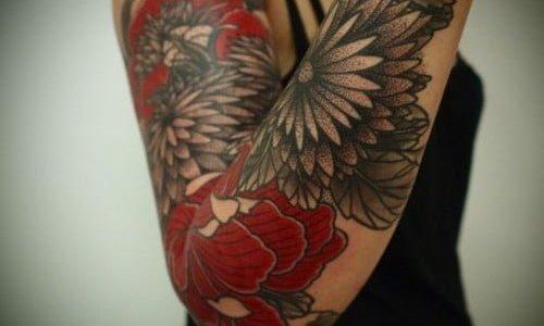 tattoo en el codo
