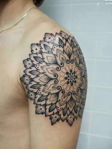 Tribal Style Flower Tattoo On Shoulder Tatuajesxd