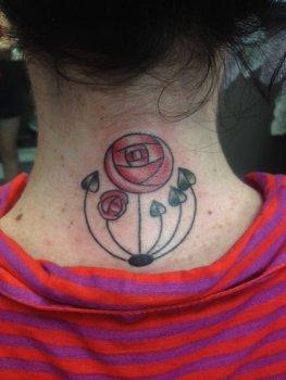 Tatuaje flor alternativa