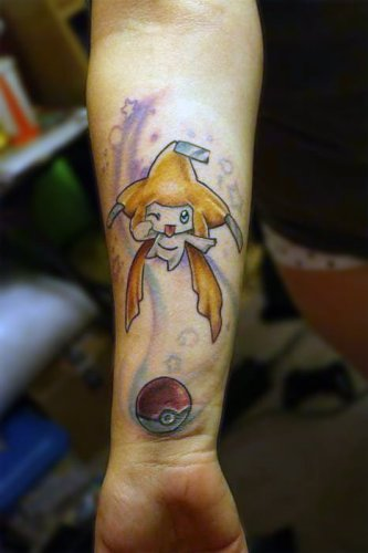 Tatuaje Jirachi (Pokémon)