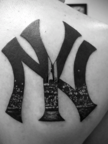 New York Tattoo, tatuaje en la espalda