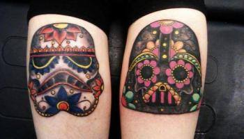 Tatuaje Calavera De Azúcar En El Hombro