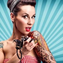 Chica pin up tatuaje