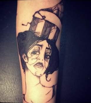 Tatuaje por la artista Madame Chan