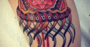 medusa tatuaje para mujer