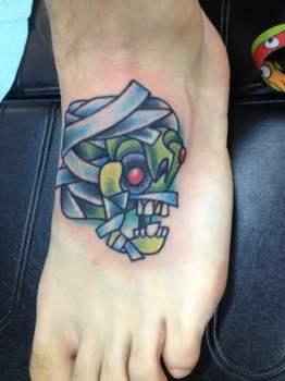 Tatuaje momia zombie