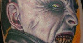 Tatuaje de Nosferatu, el vampiro clásico