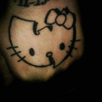 Tatuaje Hello Kitty
