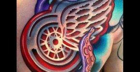 Tatuaje rueda alada