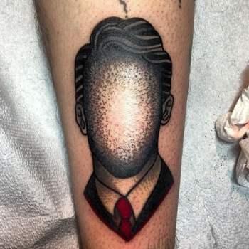 Tatuaje hombre sin cara