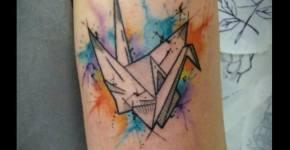 Tatuaje pájaro papel