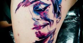 Tatuaje cara incompleta