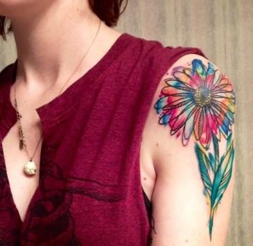 Tatuaje flor de colores