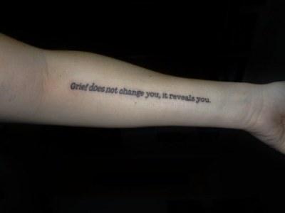 Tatuajes de frases de Bajo La misma estrella