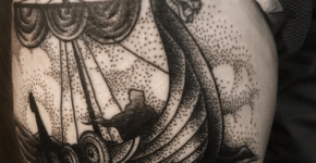 Tatuaje barco vikingo