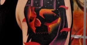 Tatuaje calabaza con capucha