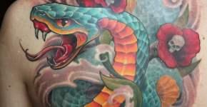 Tatuaje serpiente verde