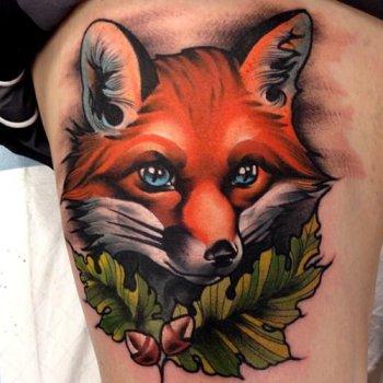 Tatuaje zorro de ojos azules