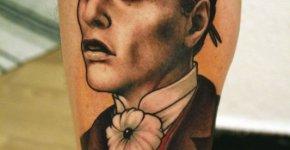 Tatuaje pintor del siglo XIX