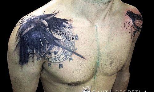 Tatuaje pájaros en los hombros
