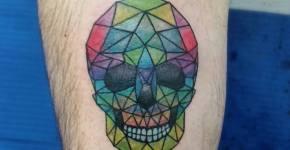 Tatuaje calavera de colores