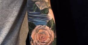 Tatuaje rosas blancas