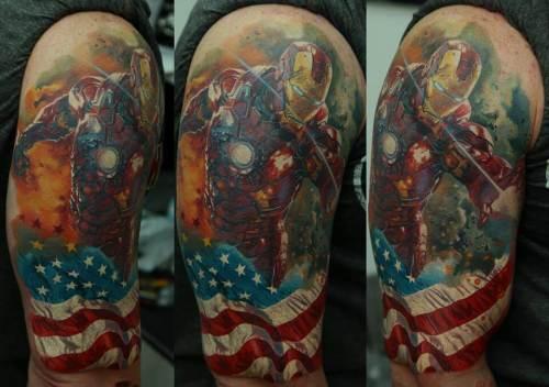 Tatuaje de Ironman y la bandera de Estados Unidos