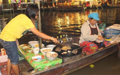 Train- und Floating Market – ein kulinarisches Highlight