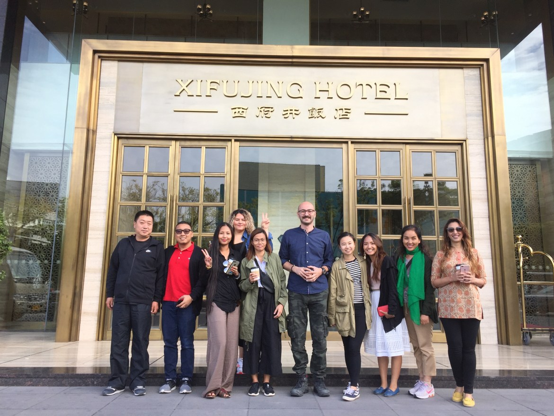 dubai blogger, yinchuan ningxia china, travel blogger