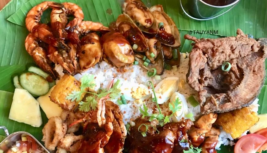 boodle fight, filipino food, the daily at rove, rove hotel, dubai food blogger, dubai blogger, tauyanm ,jane fashion travels.