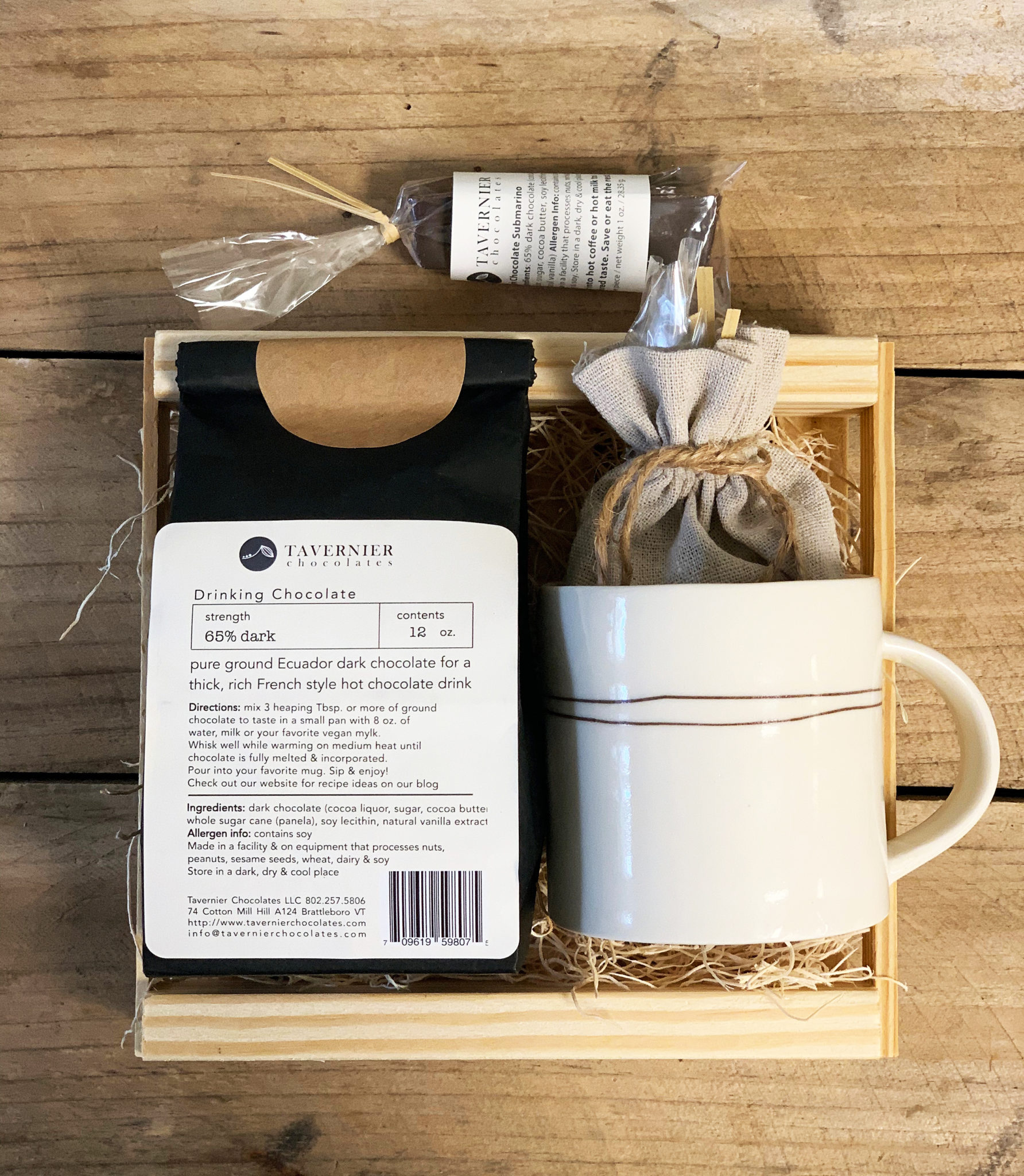 Wooden drinking chocolate gift box