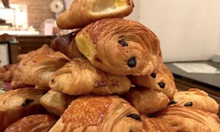 Le Carré Français: colazione a Roma con croissant e pain au chocolat