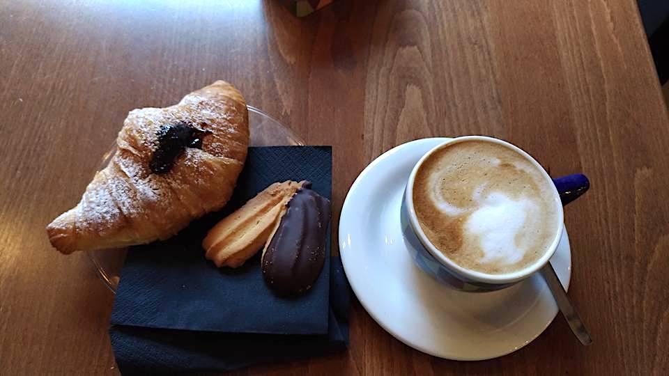 angolosciarra-colazione-raffaella