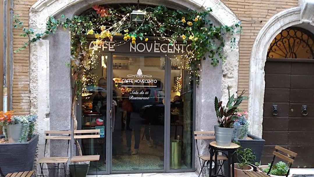 Caffè Novecento - ingresso