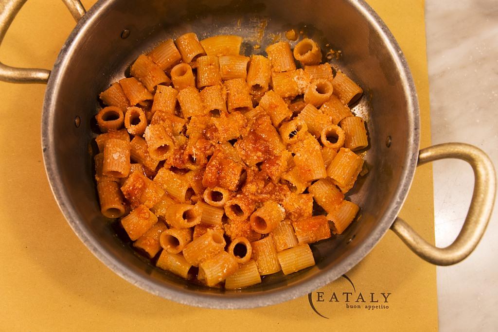 A roma cucina romanesca mania da eataly ostiense arriva for Cucina giudaico romanesca