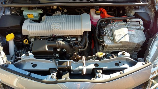 toyota-yaris-hybrid-engine-review