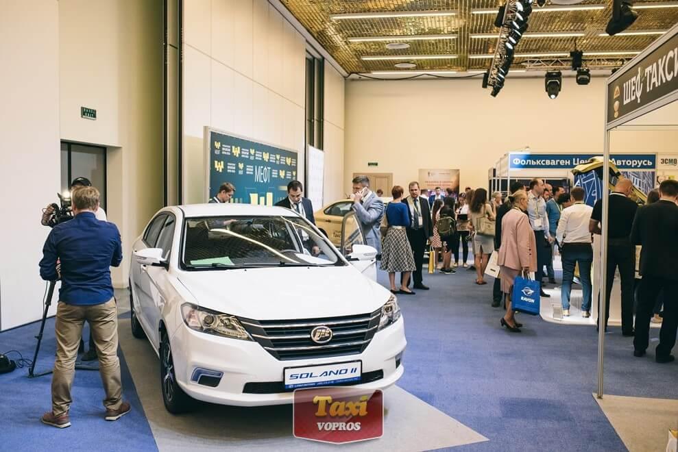 Лифан Солано такси - увы, Яндекс-Такси готов считать его комфортом лишь первый год