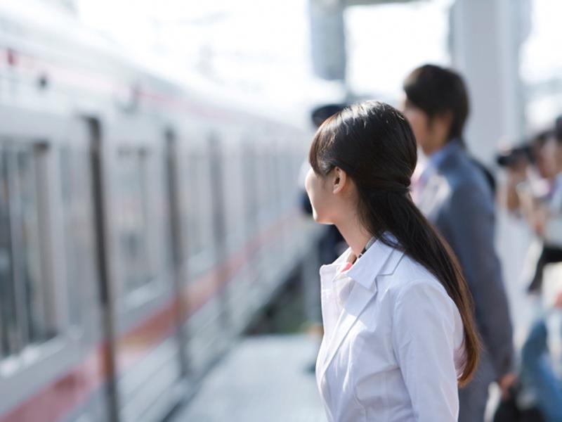 『マイカー通勤者の通勤手当非課税の上乗せ特例』の廃止