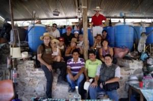 Mezcolatras, en la Fabrica de Mezcal Tradicional