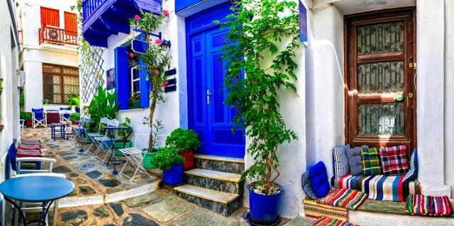 Η Σκόπελος στη λίστα με τα 20 καλύτερα ελληνικά νησιά για το 2020