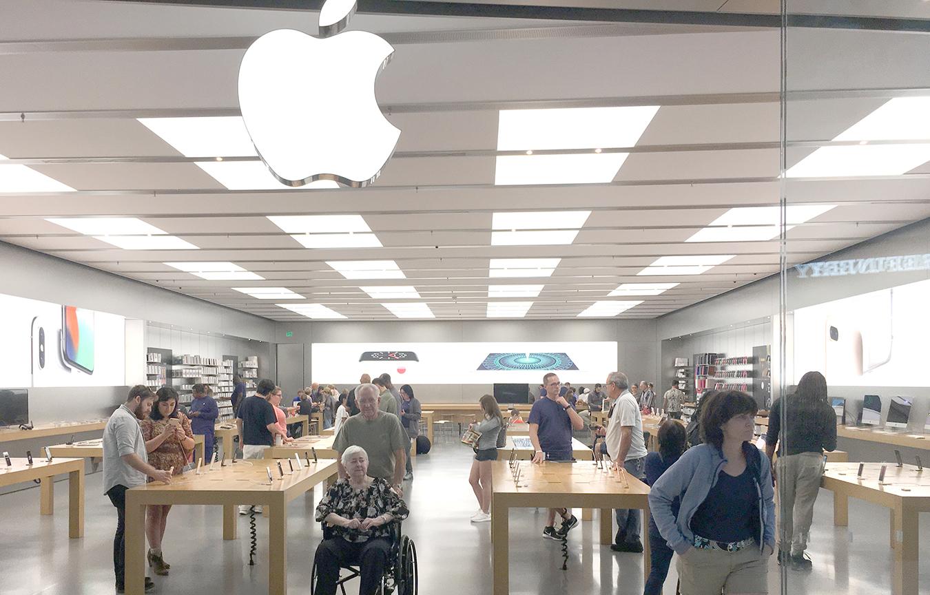 Apple Store Sarasota >> Retail Envy Website Design Ct Taylor Design Graphic Design