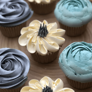 buttercream frosting Zinnia, how to make buttercream frosting flowers